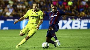 Ontiveros, el día de su debut con el Villarreal, ante el Levante