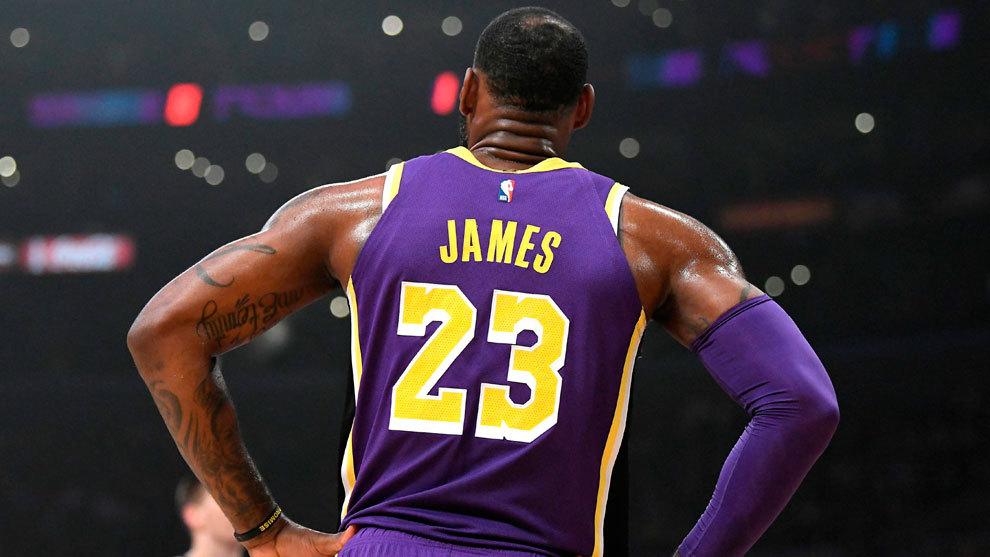 LeBron James ya no es el número 1 de la NBA