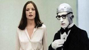 """Diane Keaton defiende a Woody Allen: """"Es mi amigo y continúo creyendo..."""