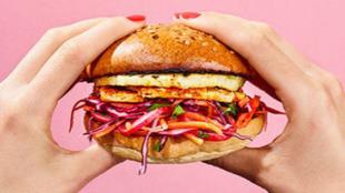 Las alternativas a la carne quieren imitar el aspecto y sabor de la...