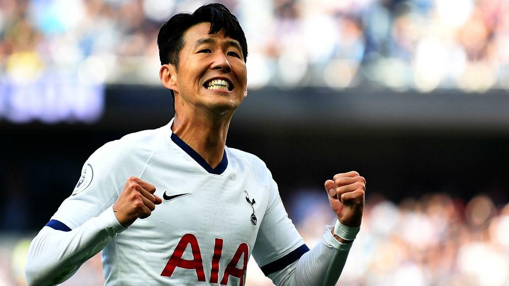 Son (27) celebra uno de sus goles al Crystal Palace.