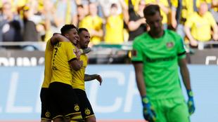Paco Alcácer festeja su gol