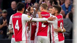Álvarez se confirma como titular confiable en la escuadra de Erik ten...