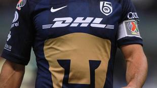 Los Pumas lucieron el escudo en la camiseta de visitante