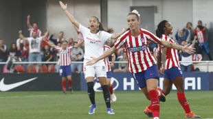 Sosa celebra su gol ante el Sevilla.