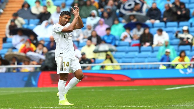 Casemiro after being substituted against Levante.