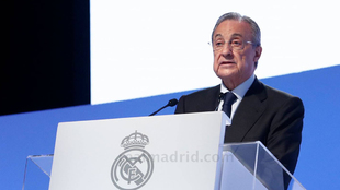 Florentino Perez during Real Madrid's assembly.