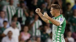 Joaquín, celebrando su gol
