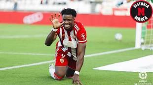 Sekou Gassama celebra su gol en La Rosaleda imitando a una pantera