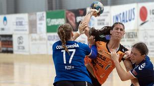 Un momento del partido entre el LK Zug y el Bera Bera /