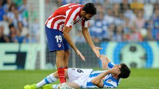 Aritz se duele tras una acción don Diego Costa.