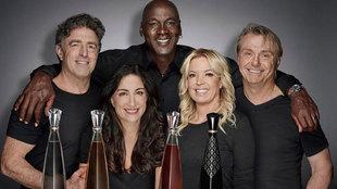 Los cinco socios, con Jordan a la cabeza, que han lanzado el tequila...