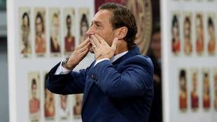 Totti, en su homenaje.