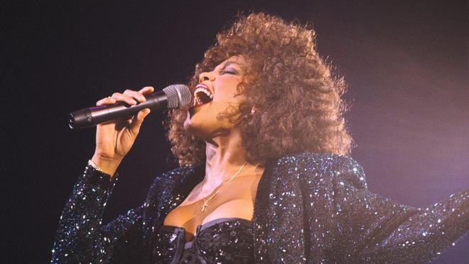 Whitney Houston se va de gira en forma de holograma.