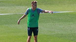 Iván Alejo en un entrenamiento con el Cádiz