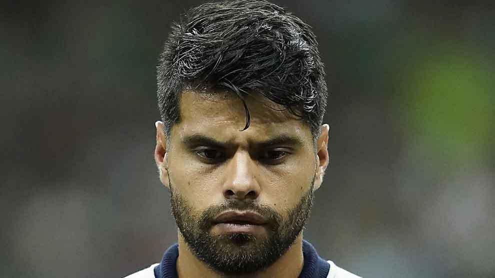 Néstor Araujo antes del partido contra Argentina