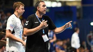 David Pisonero, durante el partido de la primera jornada de la...