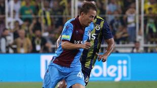 Joao Pereira en un partido con el Trabzonspor