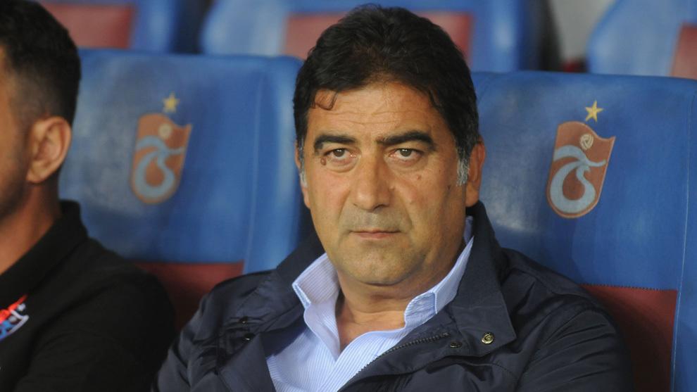 Ünal Karaman, entrenador del Trabzonspor