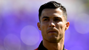 Cristiano Ronaldo busca a la empleada del McDonalds que le regalaba...