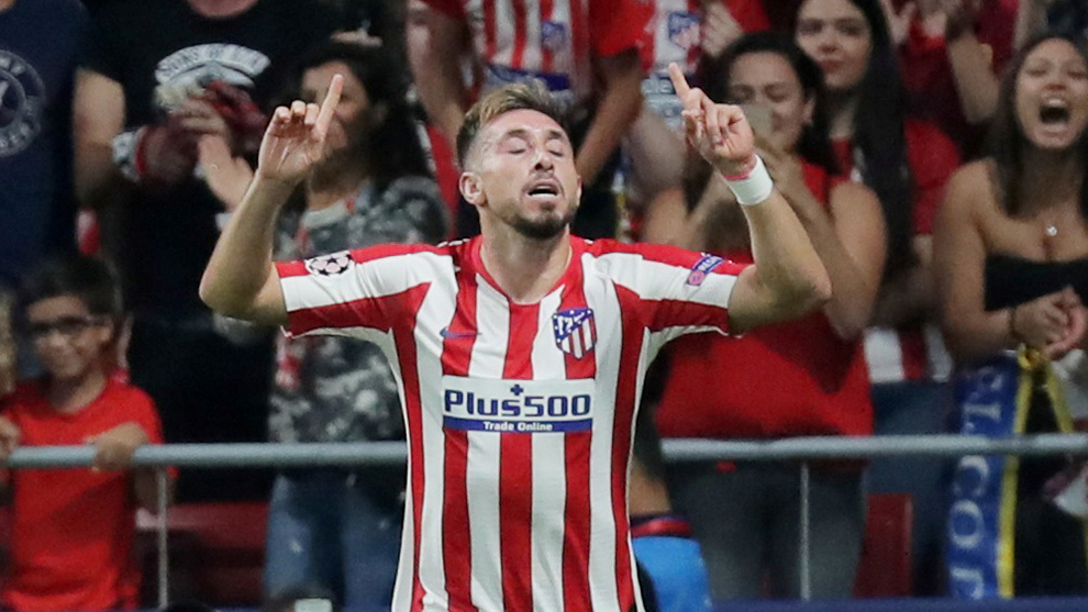 Herrera festeja su gol