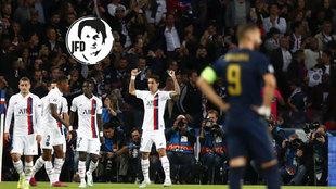 Benzema se lamenta tras un gol de Di María.