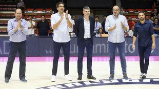 Ferrán, Guardia, Perasovic, Solana y Popovic, durante su homenaje.