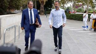 El ex guardameta del Zaragoza, Toni Doblas, acudiendo a la sala el...