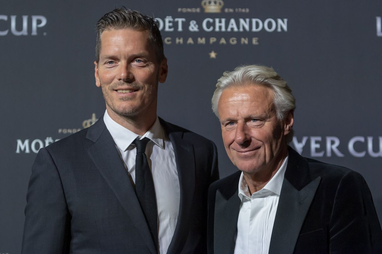Thomas Enqvist y Bjorn Borg en la alfombra roja de la noche de gala de la Laver Cup en Ginebra