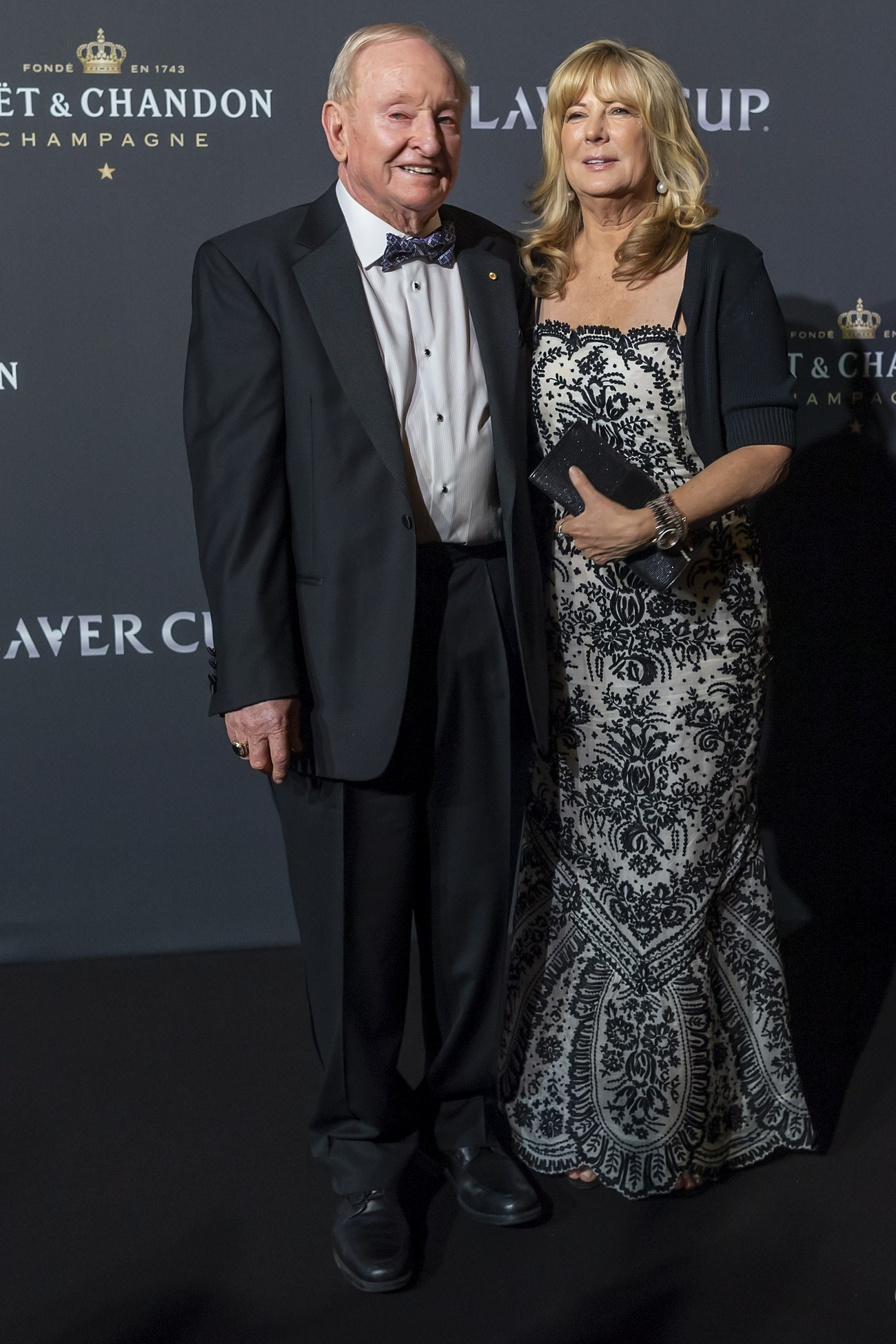 Rod Laver y Susan Johnson en la alfombra roja de la noche de gala de la Laver Cup en Ginebra.