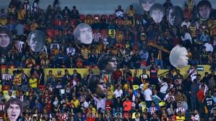 Aficionados de las Chivas son detenidos tras la derrota en Morelia.