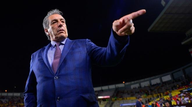 Tomás Boy, entrenador de las Chivas.