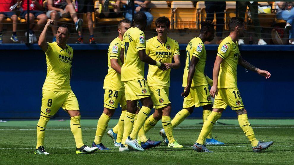 El Villarreal celebra uno de sus goles.