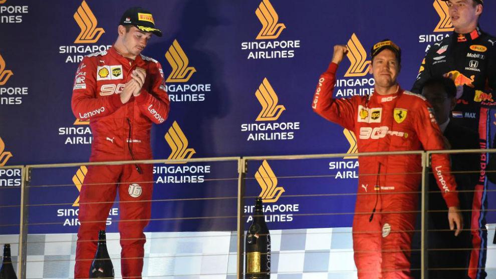 Leclerc y Vettel, en el podio del Gran Premio Singapur