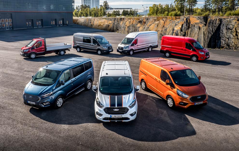 Toda la gama de comerciales de Ford viene con novedades.