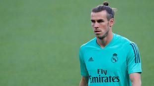 Bale, en un entrenamiento con el Madrid