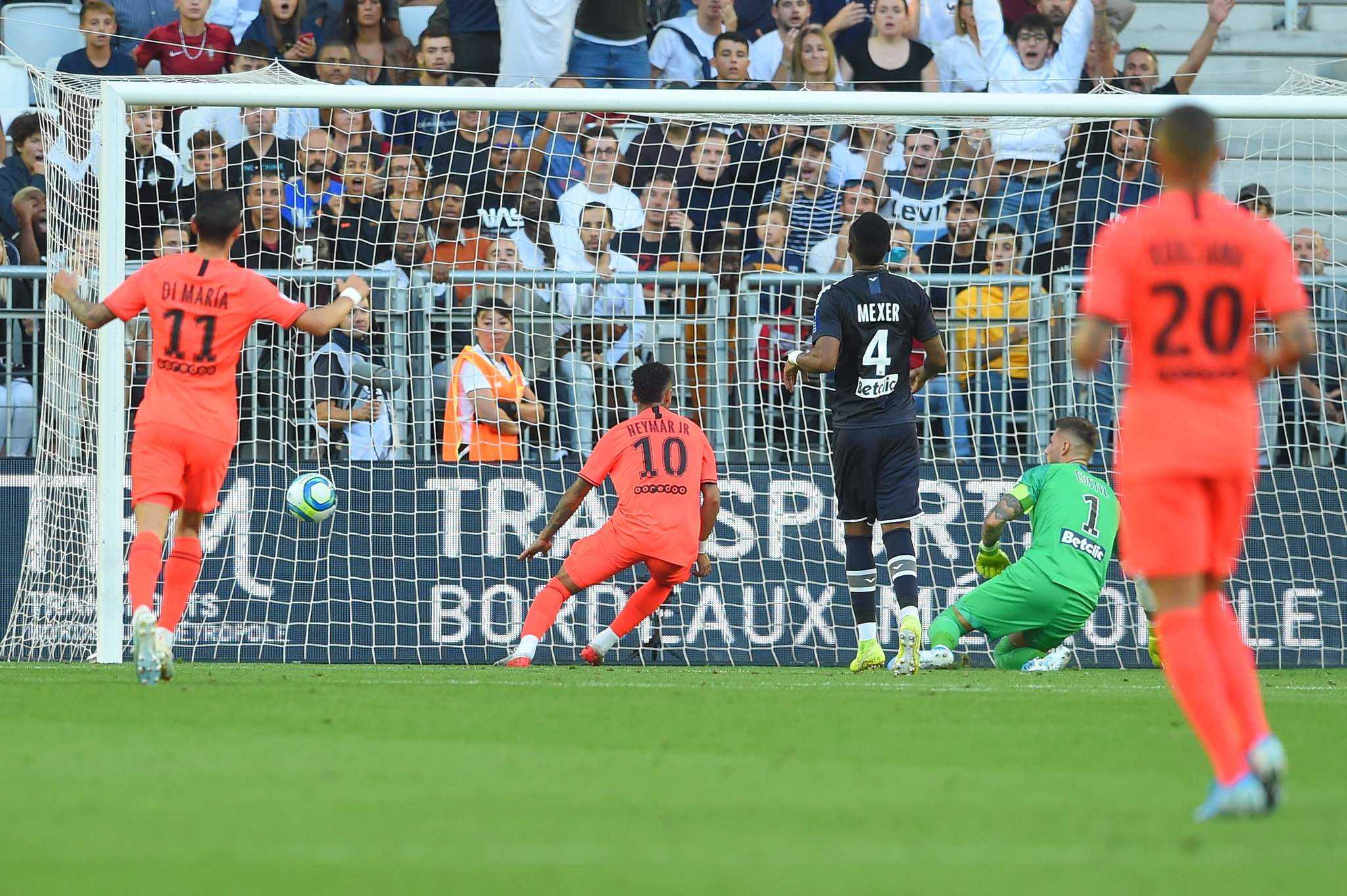 TOPSHOT - Paris Saint-Germains Brazilian forward Neymar (C) celebrates after scoring a goal during the French L1 football match between Girondins de Bordeaux and Paris Saint-Germain (<HIT>PSG</HIT>) on September 28, 2019 in Bordeaux. (Photo by NICOLAS TUCAT / AFP)