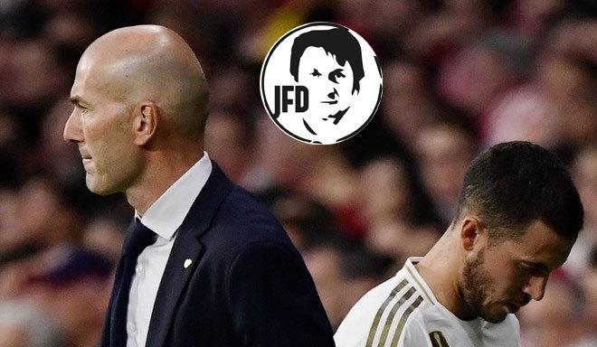 Hazard y Zidane, en el momento del cambio por James.