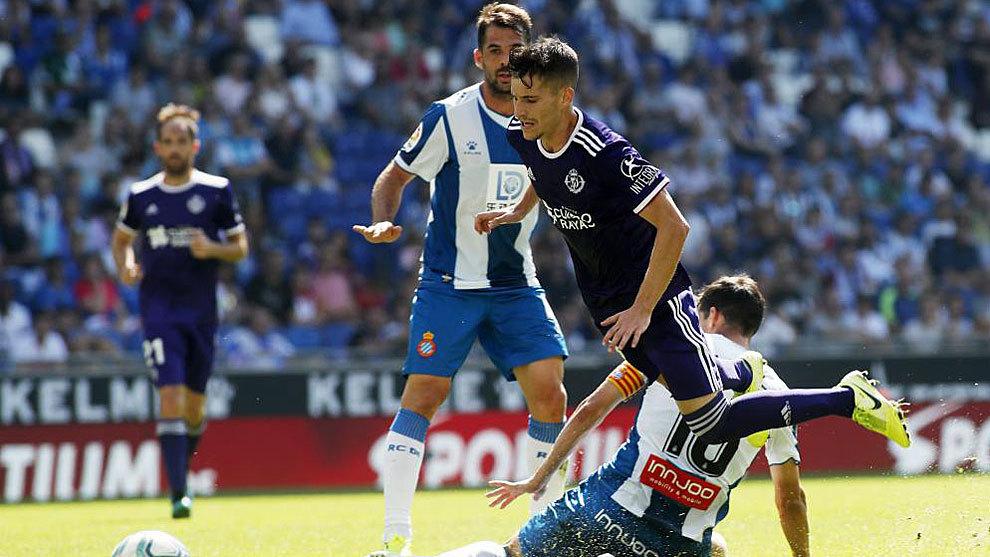 Toni Villa recibe una entrada de Javi López