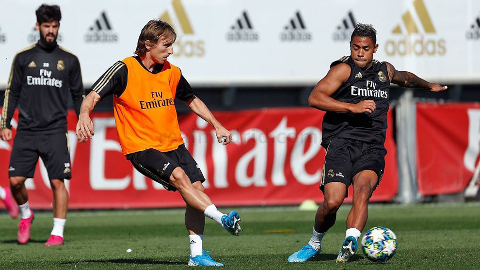 Modric and Mariano