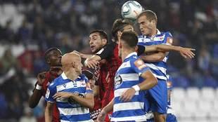 Bergantiños se impone en un balón aéreo ante compañeros y rivales