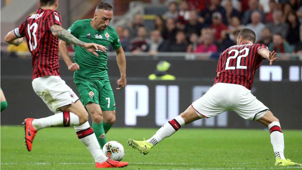 Tener cuidado de clásico replicas Milan vs Fiorentina El Milan sucumbe ante la Fiorentina de ...