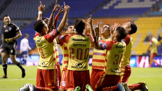 Morelia celebrando el único tanto del partido.