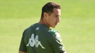 Guardado, durante un entrenamiento del Betis.