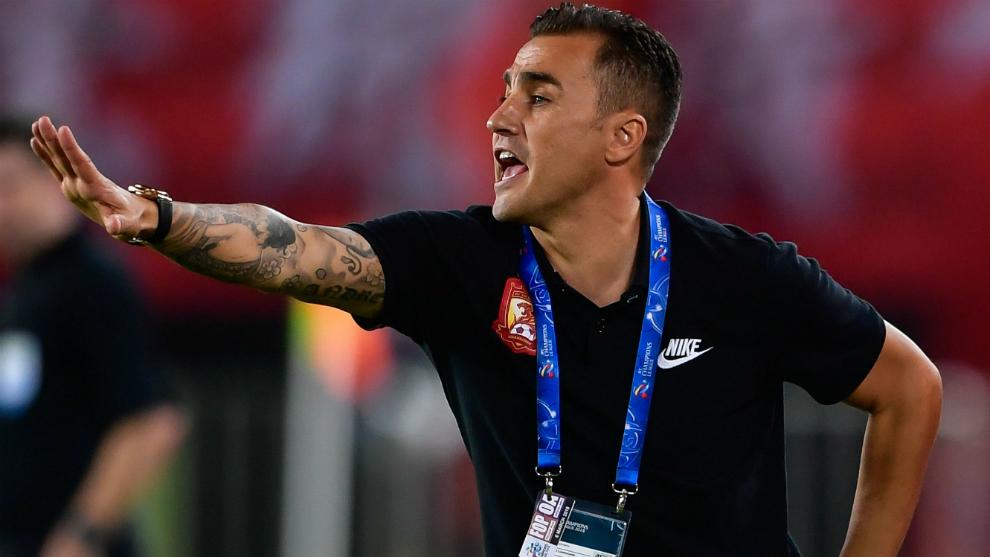 Cannavaro, durante un partido con el Guangzhou Evergrande