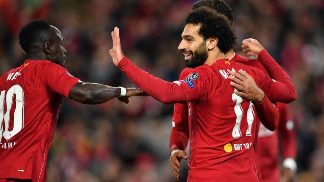 Salah celebra su segundo gol al RB Salzburgo.