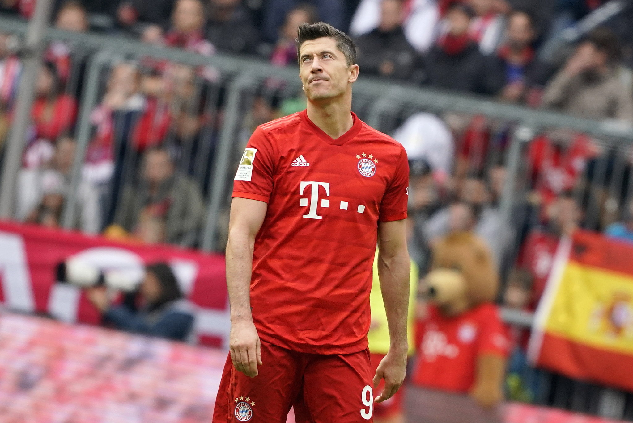 Munich (Germany), 05/10/2019.- <HIT>Bayern</HIT>s Robert Lewandowski reacts during the German Bundesliga soccer match between FC <HIT>Bayern</HIT> Munich and TSG 1899 Hoffenheim in Munich, Germany, 05 October 2019. (Alemania) EFE/EPA/RONALD WITTEK CONDITIONS - ATTENTION: The DFL regulations prohibit any use of photographs as image sequences and/or quasi-video