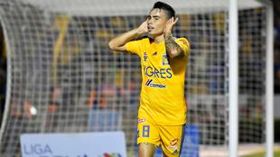 Lucas Zelarayán festejando un gol ante el Santos Laguna.