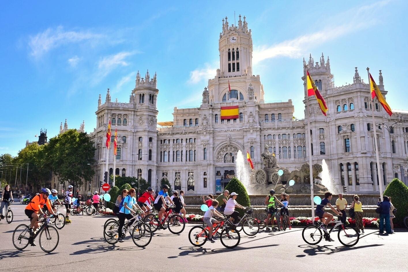 fiesta de la bici de <HIT>Movistar</HIT>