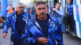 José Treviño, entrenador interino del Monterrey.